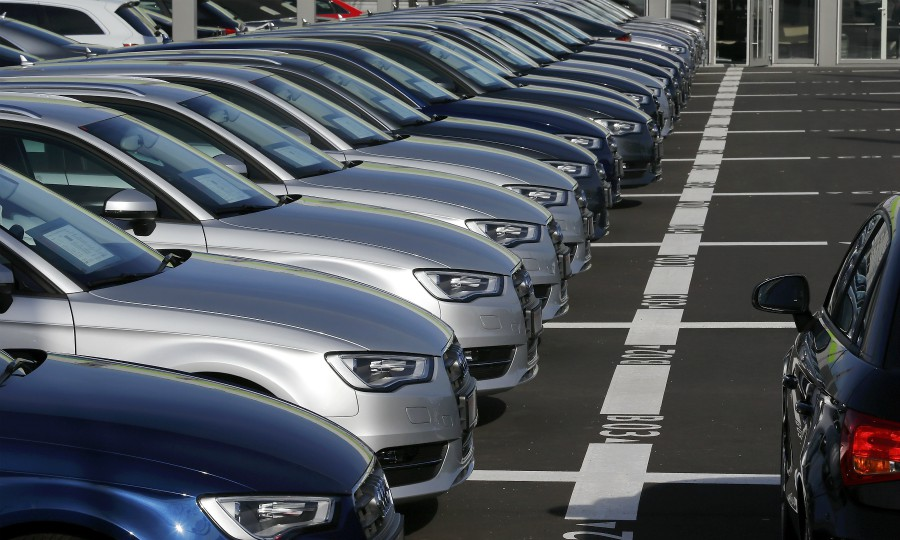 b5f99fbafd Daimler buys 20% stake in VW s Heycar used-car platform