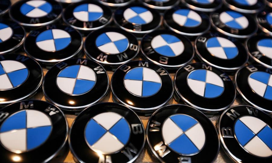 BMW recalling 154,472 vehicles in U S , Canada over fuel pumps