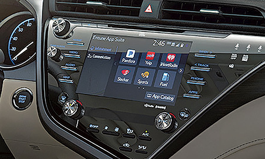 18 Camry showcases new Entune system