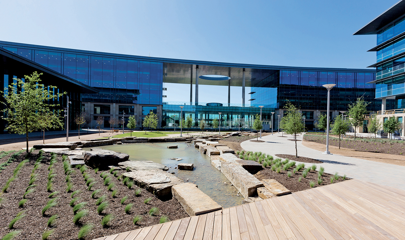 Toyota Headquarters Plano Texas >> Toyota Opens Up Its New Texas Headquarters
