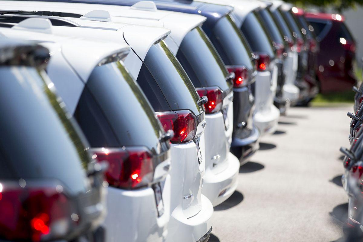 At 2 subprime auto lenders, loan losses pile up