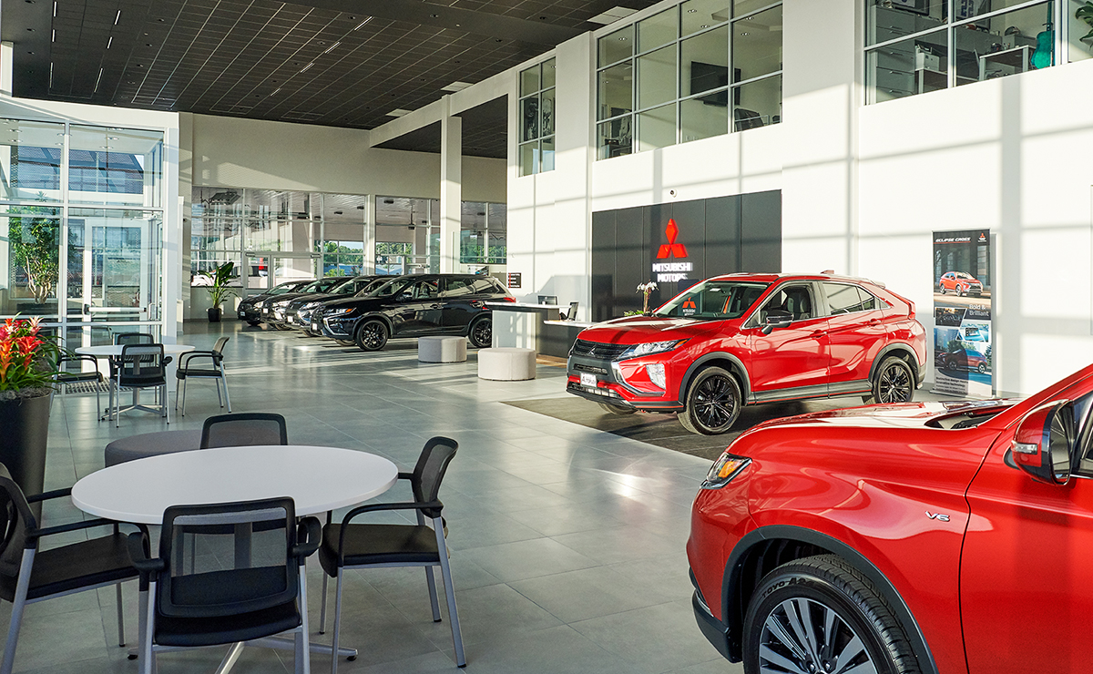 Can I Sue A Car Dealership For Lying >> Texas Car Dealer Goes All In On Plan To Bring Mitsubishi