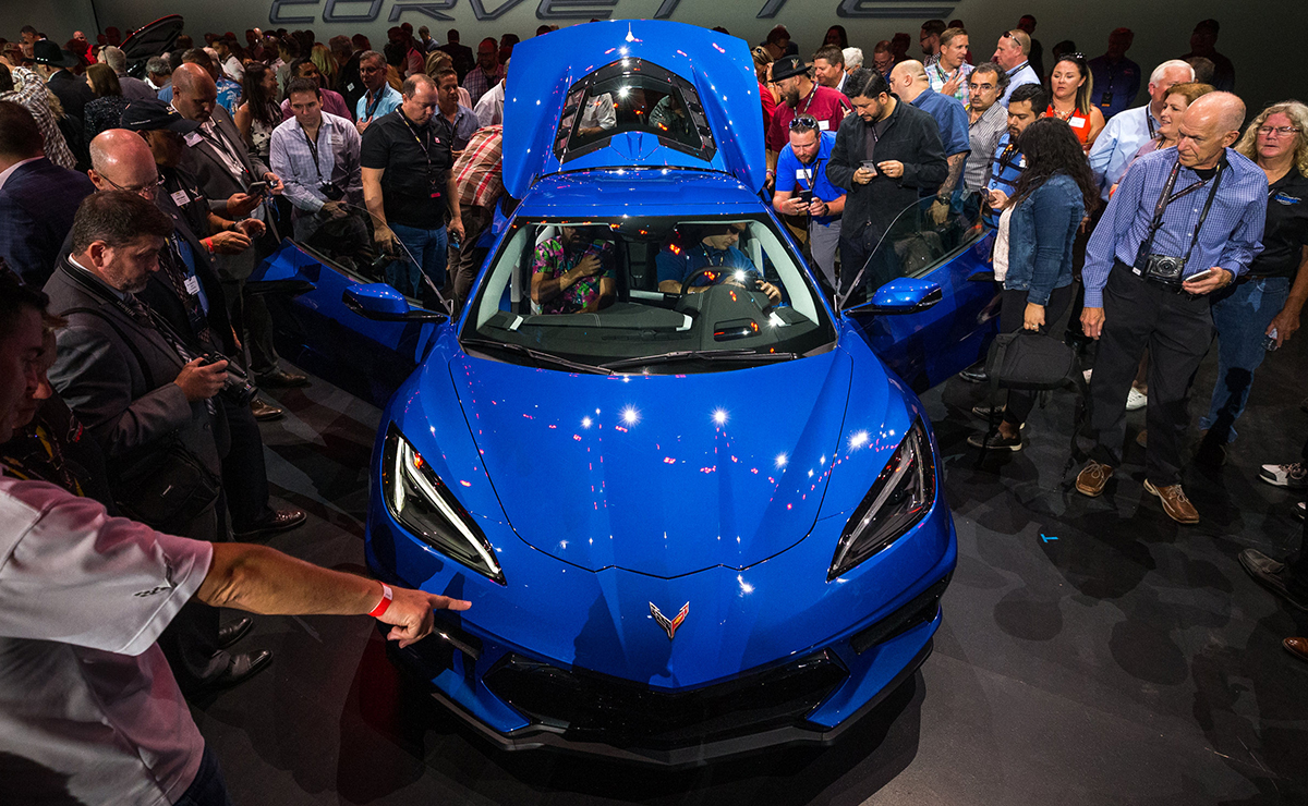 Big Blue Auto >> 2020 Corvette S Unanswered Questions After General Motors