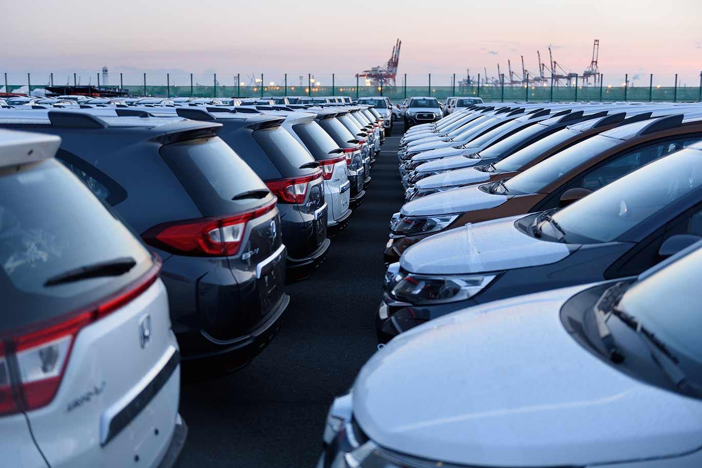 Auto industry unites to oppose Trump import tariffs