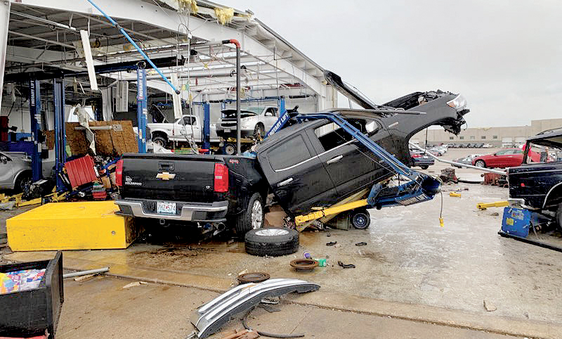Chevy Dealer Jefferson City Mo >> Tornado Causes Heavy Damage To Chevy Store In Missouri