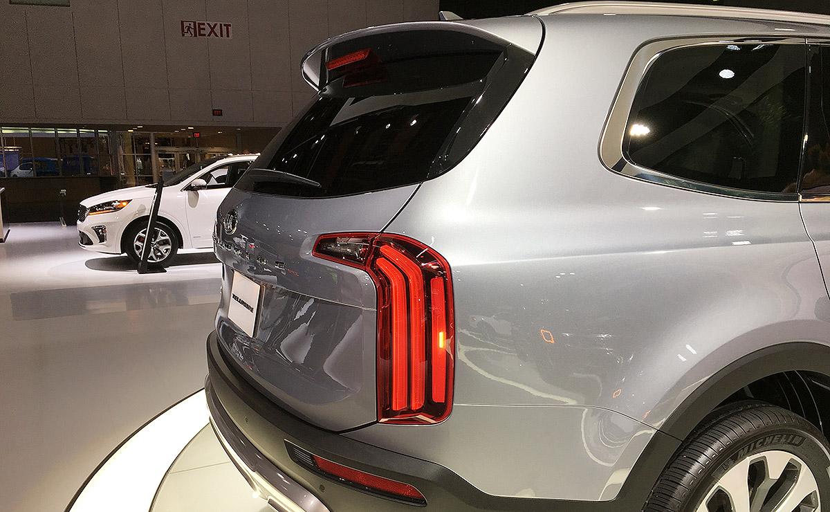 Detroit auto show: daring design cues