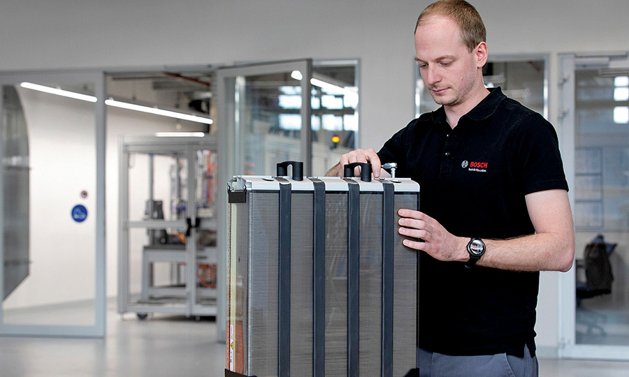 Auto supplier Bosch plans for 'large-scale' fuel cell output