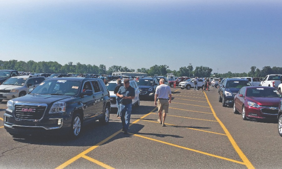 Low Vehicle Inventory Spurs Dealers To Broaden Search For Product