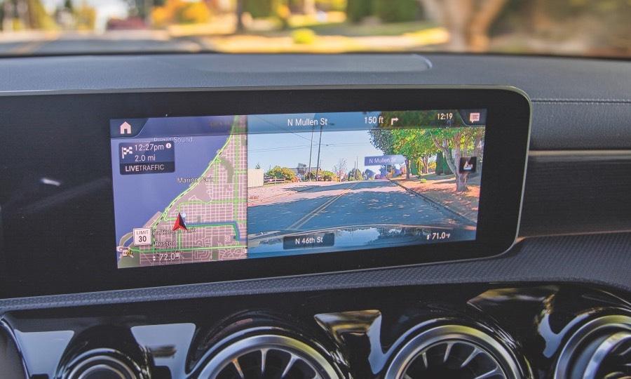 Pop-ups help Mercedes' nav maps