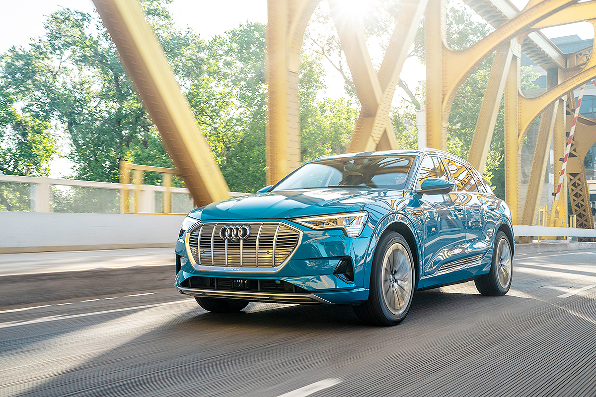 Iihs Safety Ratings >> Audi E Tron Crossover First Ev To Receive Iihs Highest