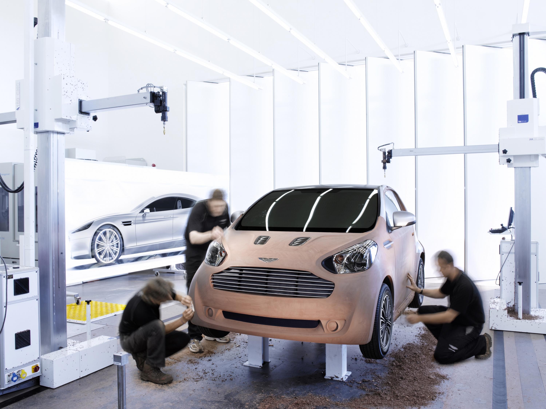 Toyota Will Supply Iq Based Car To Aston Martin