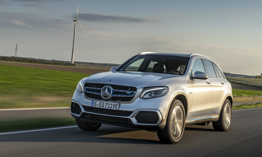 Mercedes will roll out GLC fuel cell crossover to help