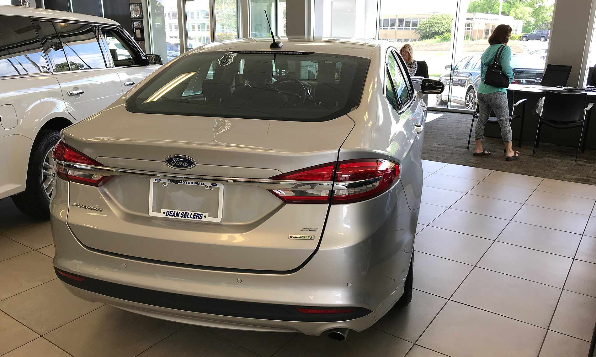 Ford Corrects Plans For Fusion Output Will Continue At Least Through 2021