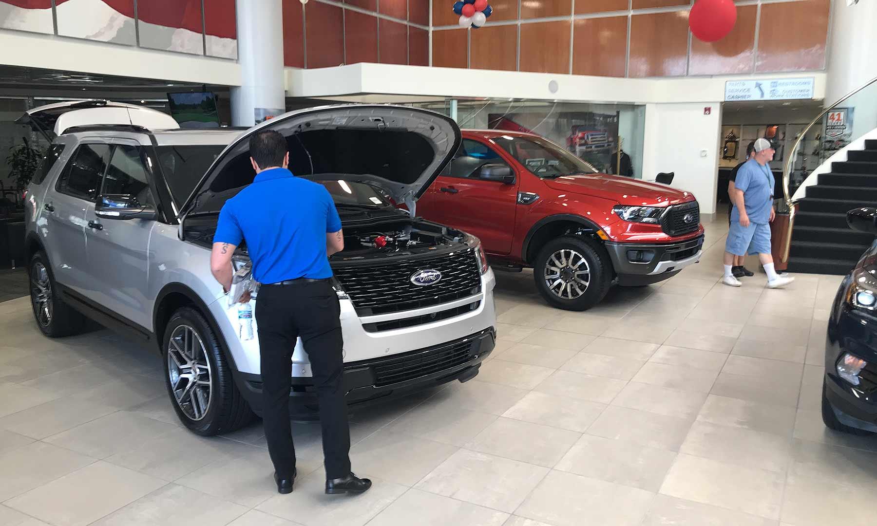 Us Auto Sales >> September U S Auto Sales Strong Pickup Van Demand Can T