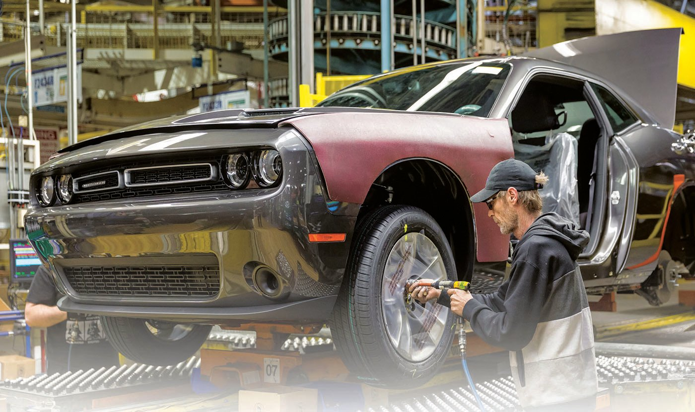 Fca S Big Cars Extended To 2020