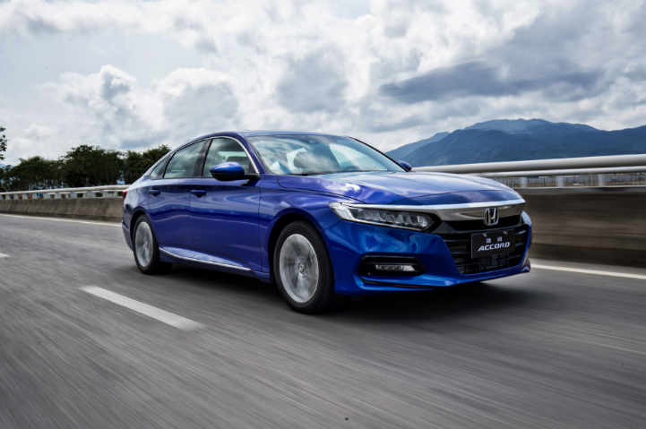 Honda recalls Accord for engine glitch