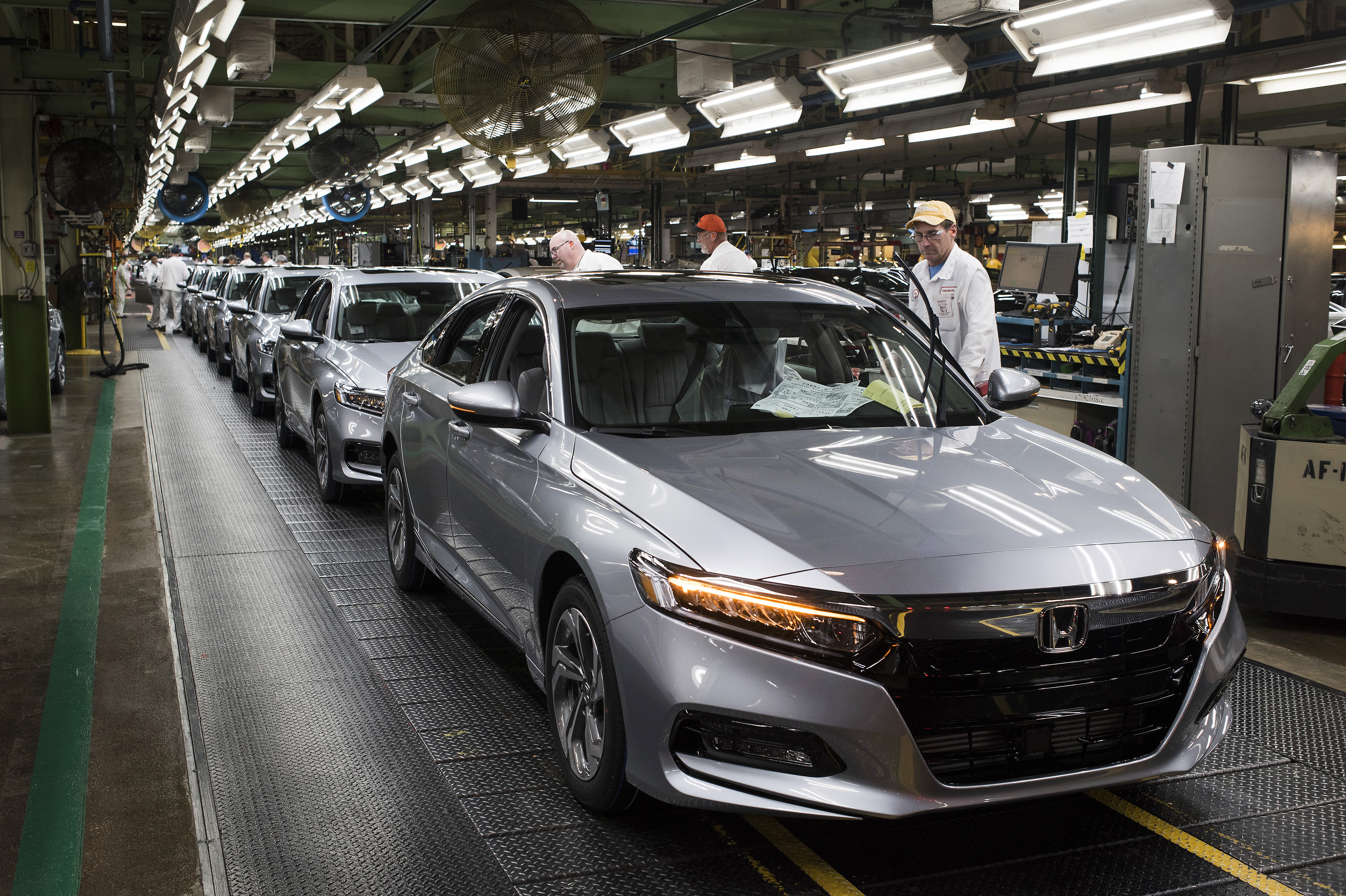 Honda to stop Ohio shift to prepare for electrified autos