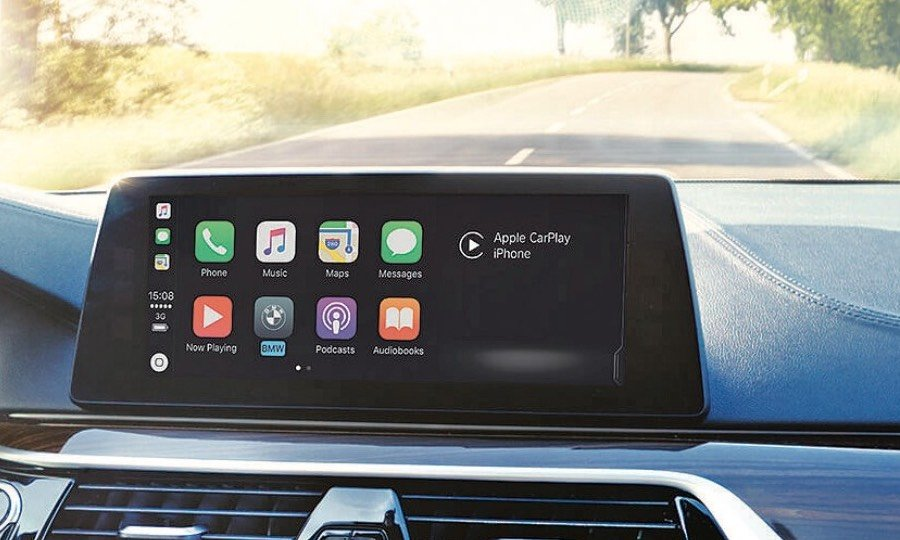 BMW charges fee for Apple CarPlay