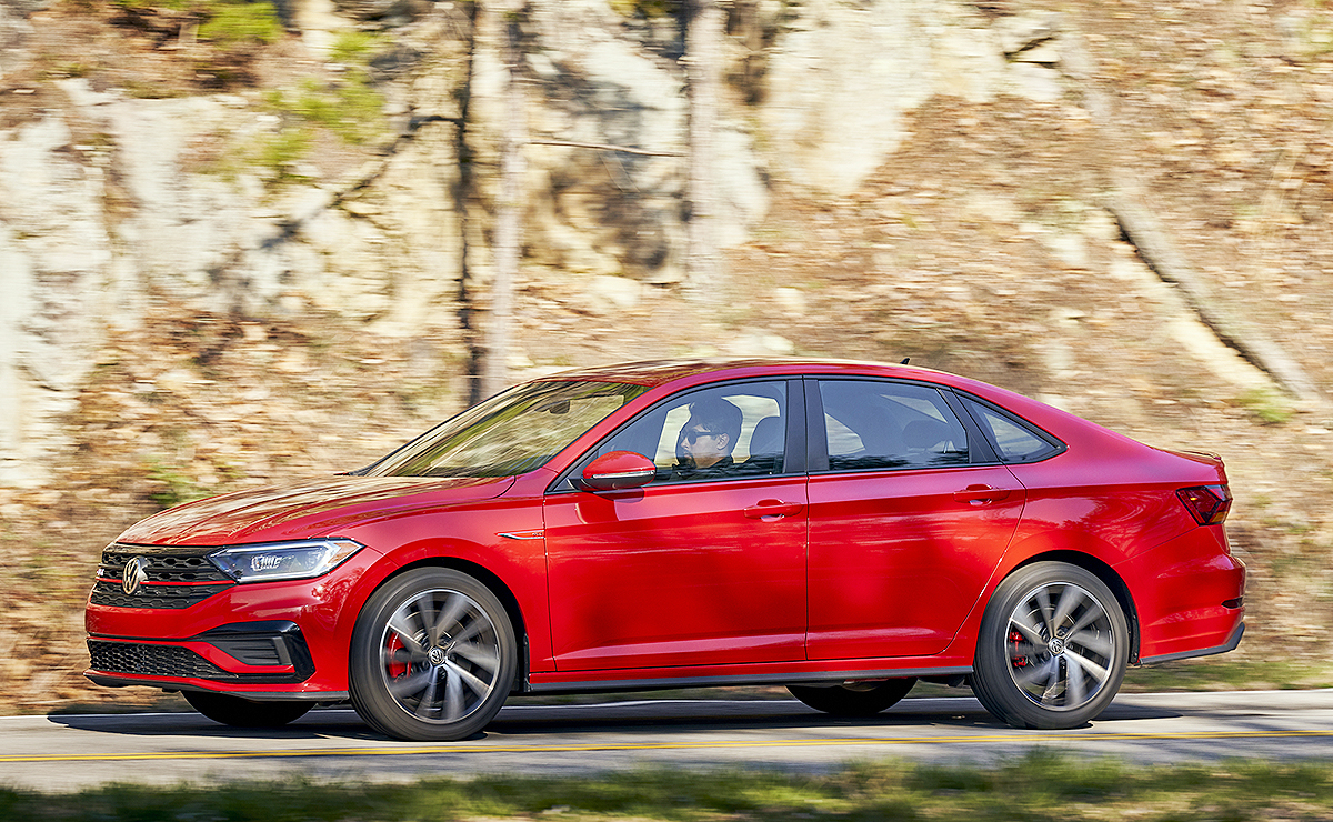 2019 VW Jetta GLI reviews