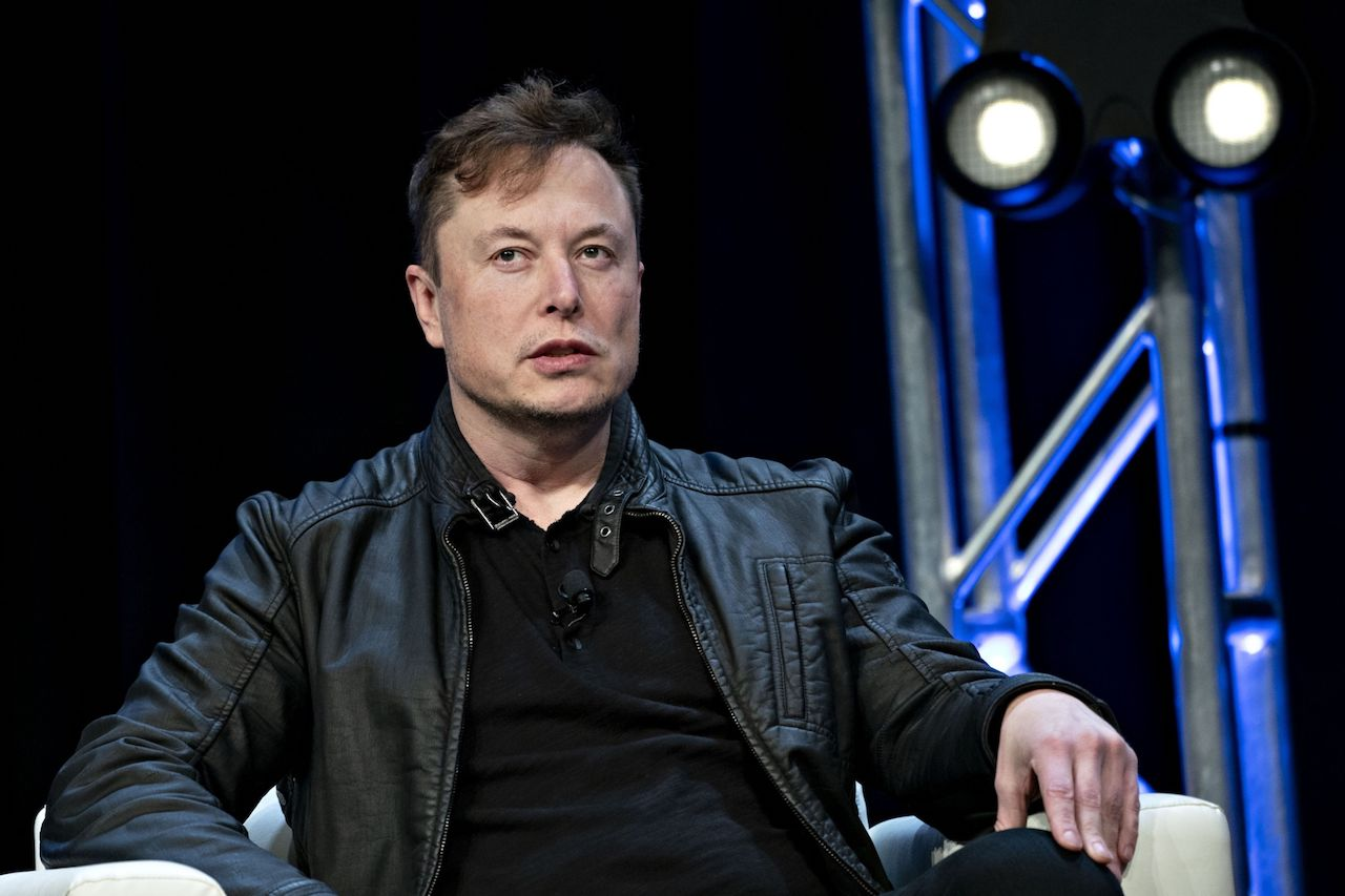 Tesla Ceo Elon Musk Says He May Have Covid 19
