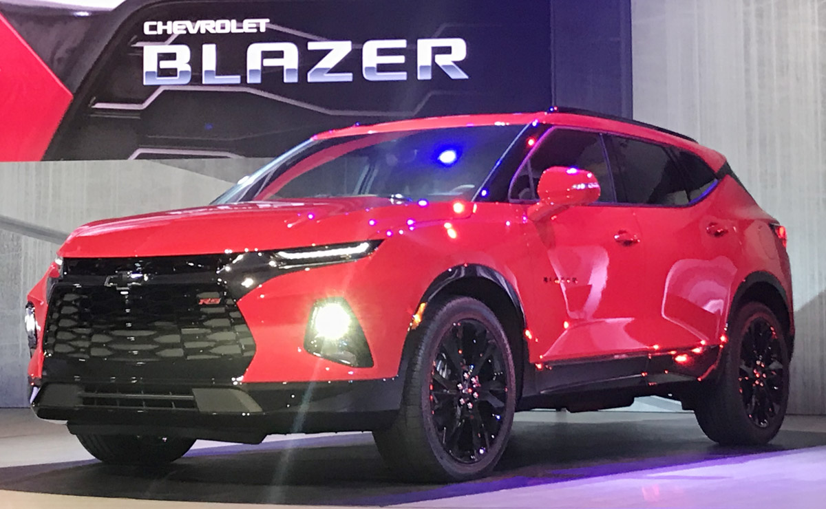 Gm Risks Trump S Ire With Plan To Build 2019 Chevy Blazer In Mexico