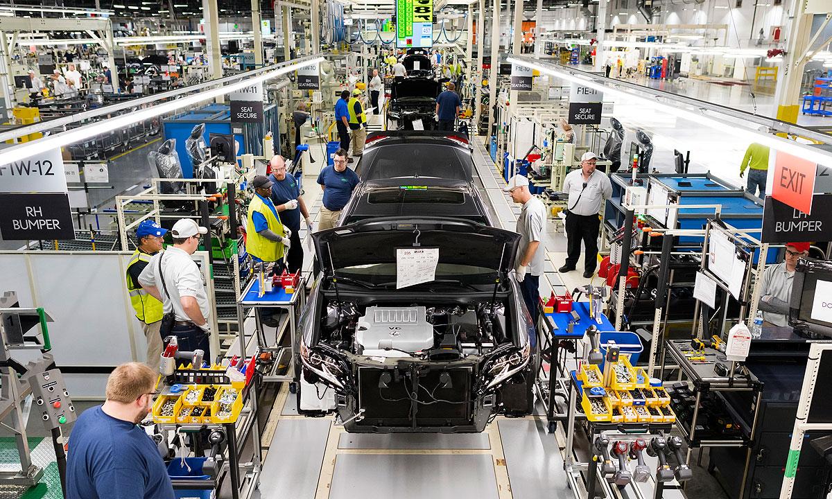 At Lexus' U.S. plant, cars get caressed | Automotive News