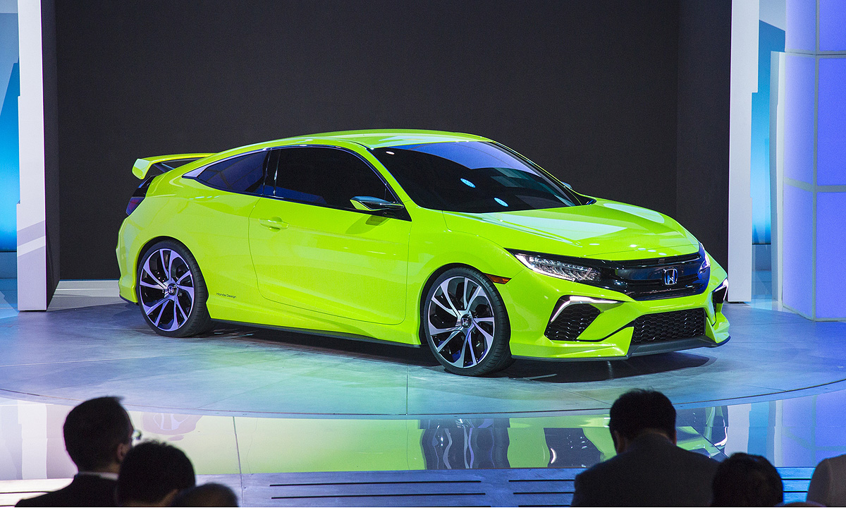 If There Was A Surprise Or Two At The 2017 New York Auto Show Honda S Civic Coupe Concept Would Be Top Candidate Lime Green Car Heralds Radical