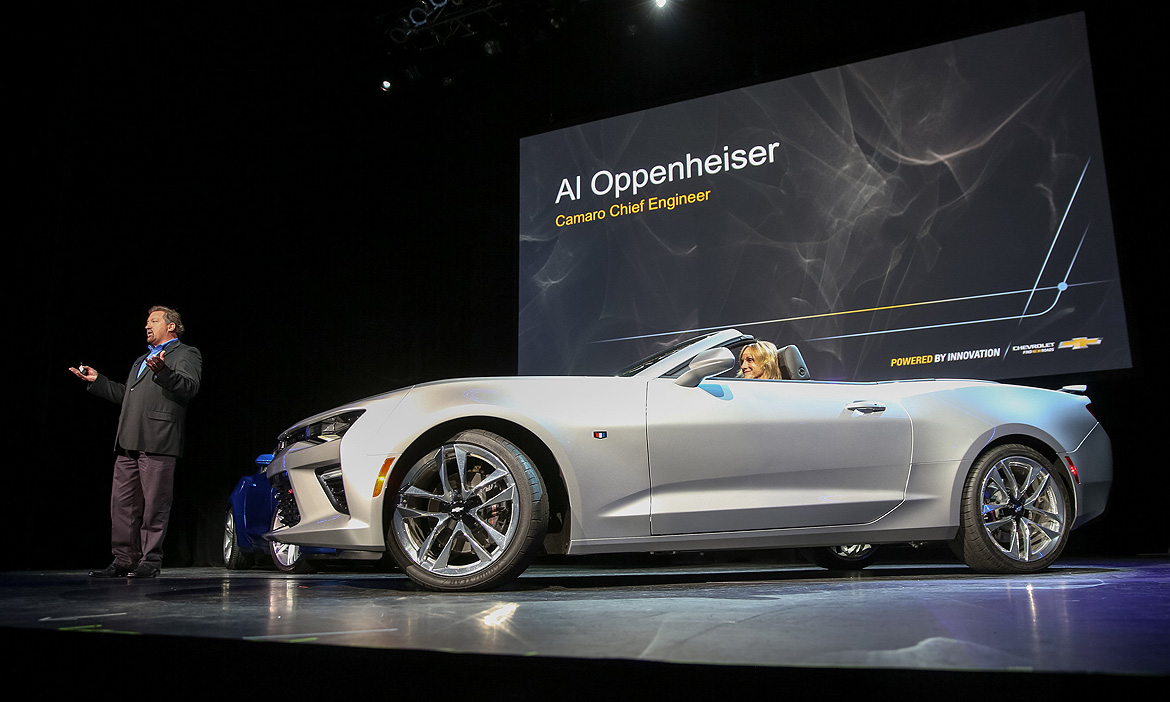 Chevy preps 2016 Camaro convertible with fully automatic top