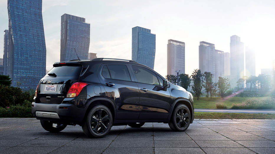 Chevy Midnight Edition >> Chevy Trax Midnight Edition Goes To The Darkened Side