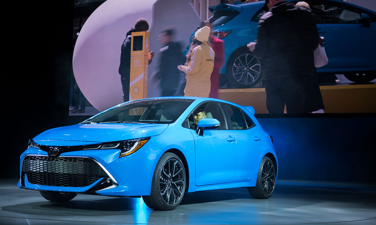 Internet-ready Toyota Corolla rolled out in hopes of luring young