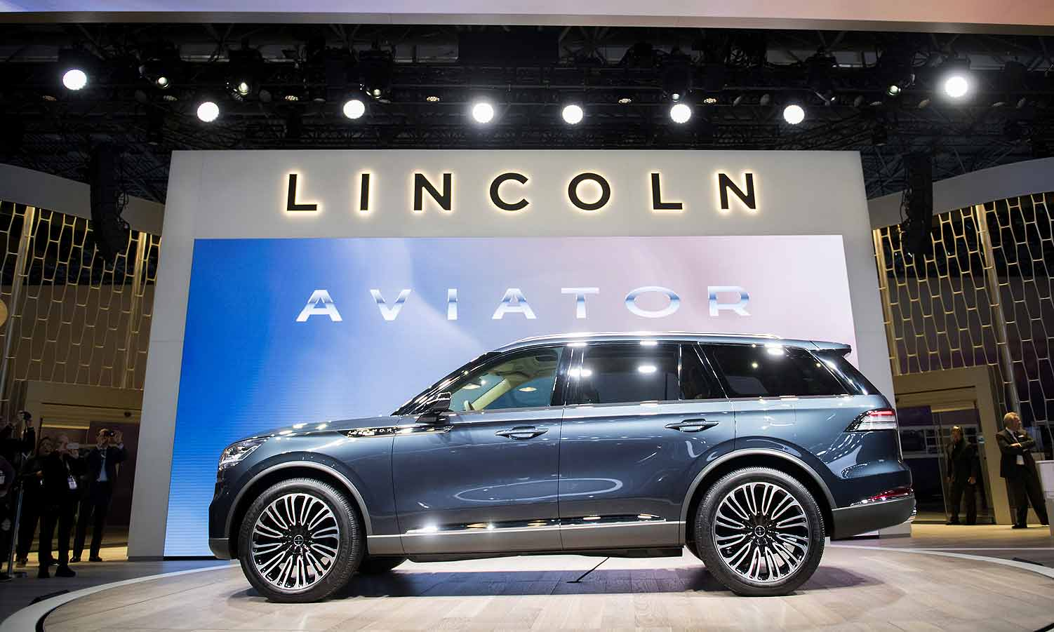 2019 Lincoln Aviator To Bow At L A Auto Show