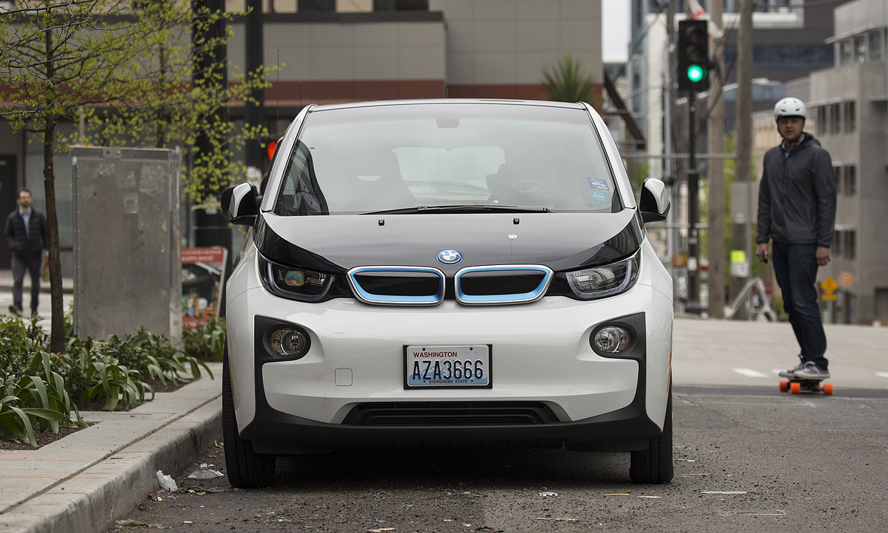 BMW i3 can suddenly lose power under range extender, lawsuit