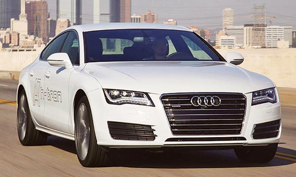 Fuel cell cars steal spotlight