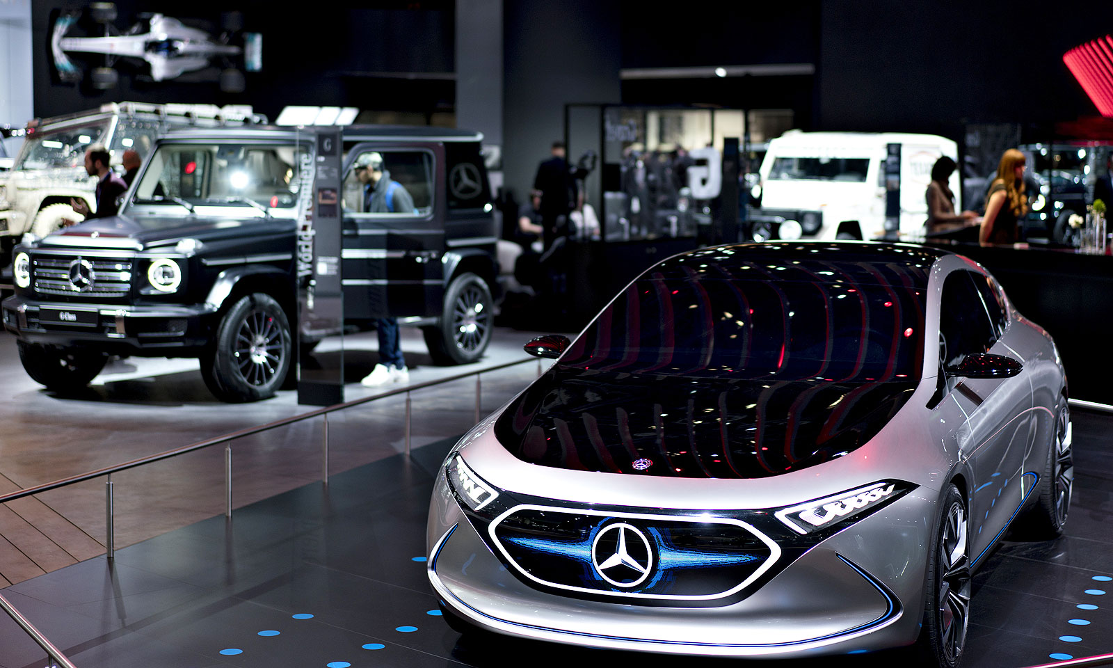 Mercedes Set To Pull Out Of 19 Detroit Auto Show