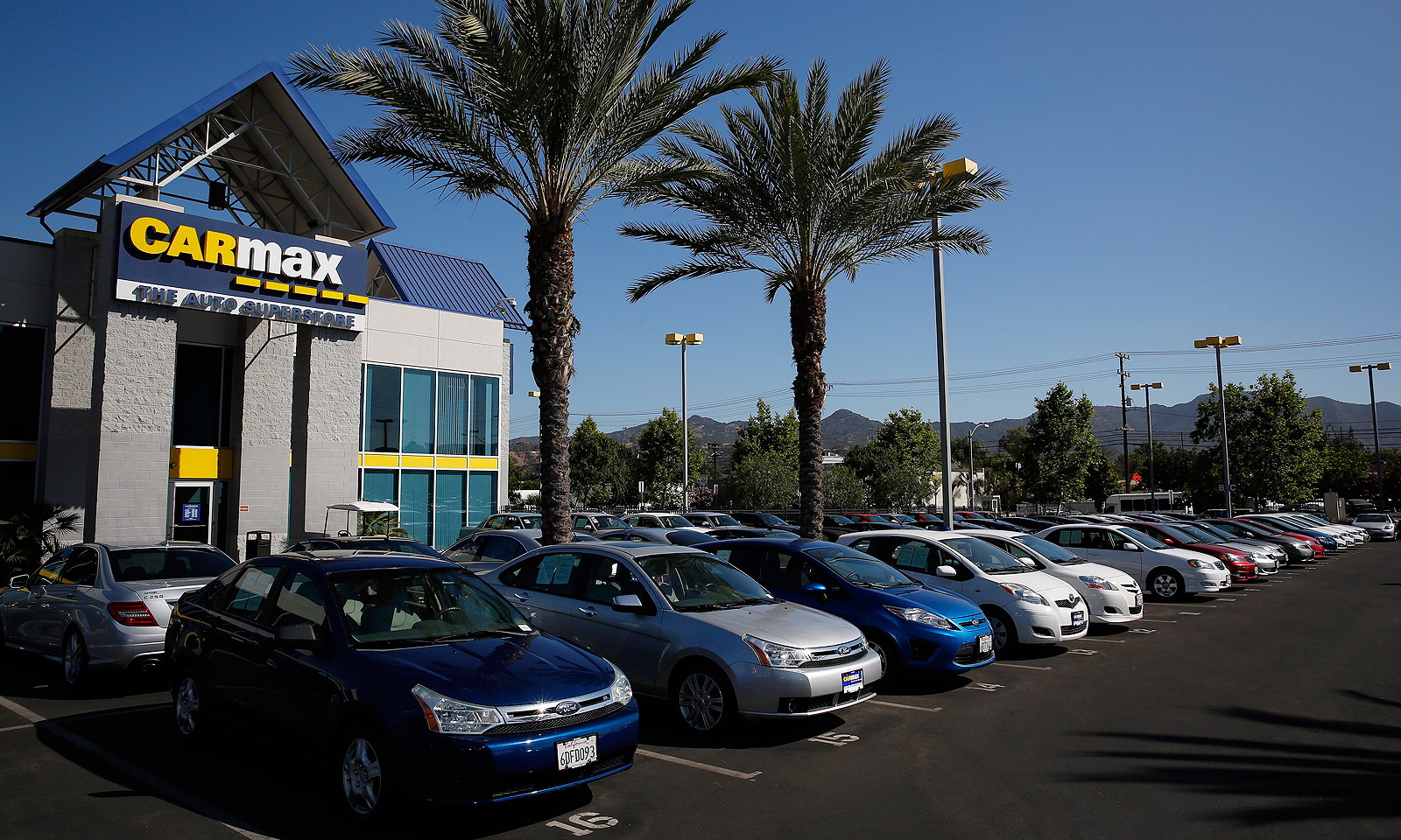 Carmax Will Step Up Store Opening Pace