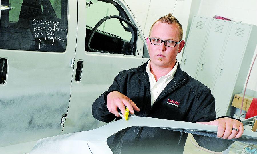 auto repair estimators balance interests of customers insurers and technicians auto repair estimators balance