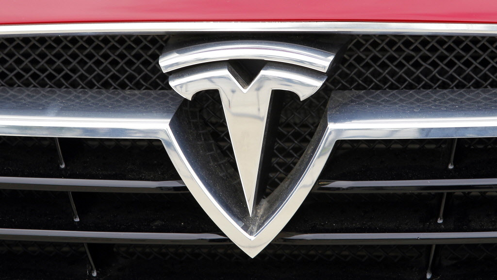 Beijing Bloomberg Tesla Motors Inc Will Help Chinese Ers Trade In Their Old Cars If They A Model S Part Of The Automaker Latest Efforts To