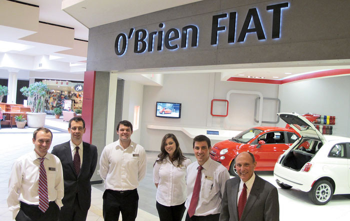 Tom O Brien Jeep >> Shoppers Hit The Mall Test Drive A Fiat