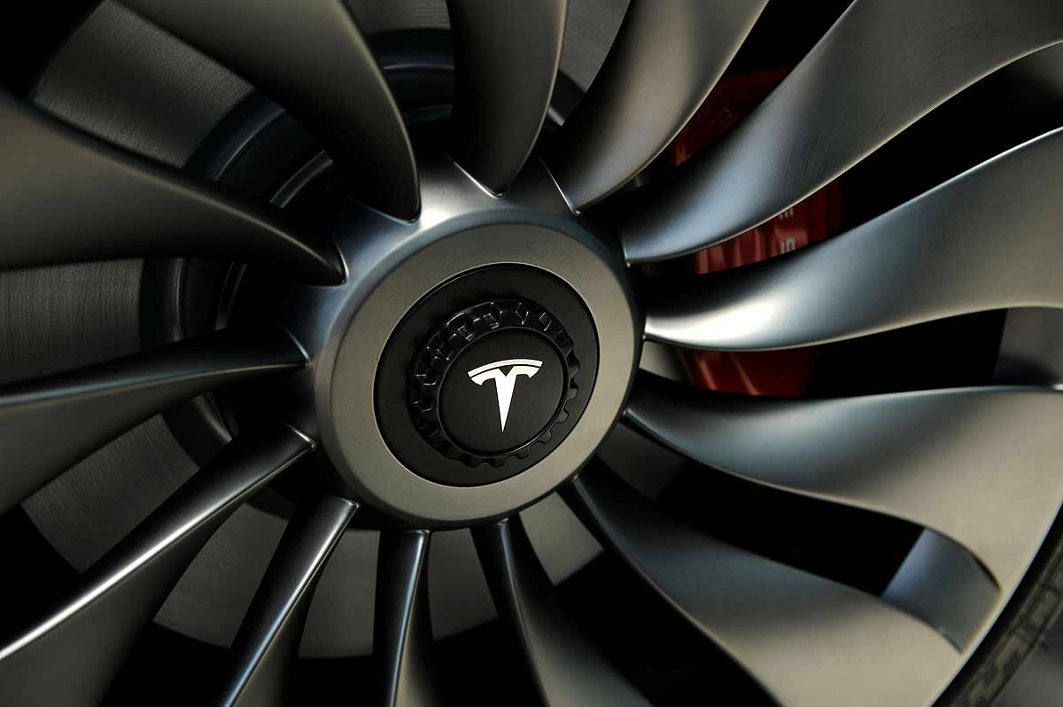 Tesla nears completion of big battery deal in China