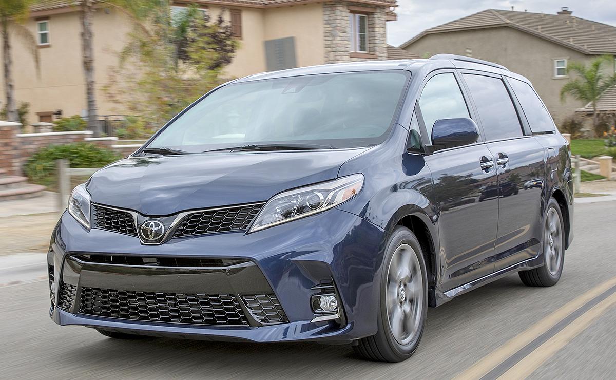 2018 Toyota Sienna Release Date >> Toyota Sienna Awaits Redesign Amid Sales Decline