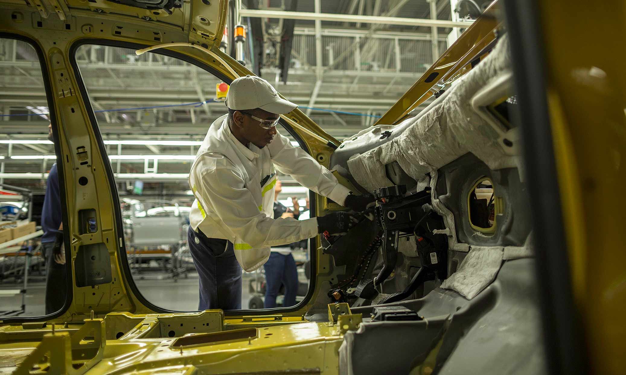 A Group Of Hourly Employees At Volkswagen S Chattanooga Embly Plant Filed Peion Tuesday With The National Labor Relations Board Seeking An Election