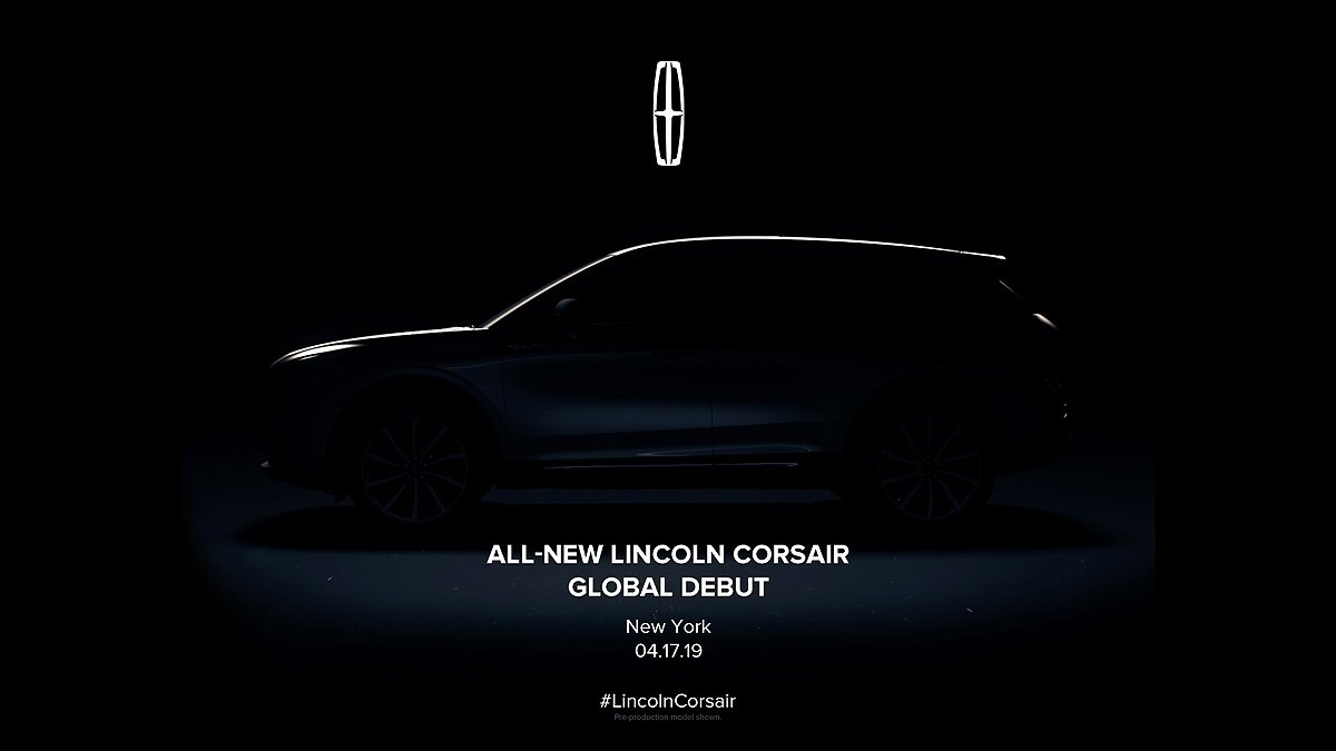 Lincoln to unveil Corsair crossover at New York auto show