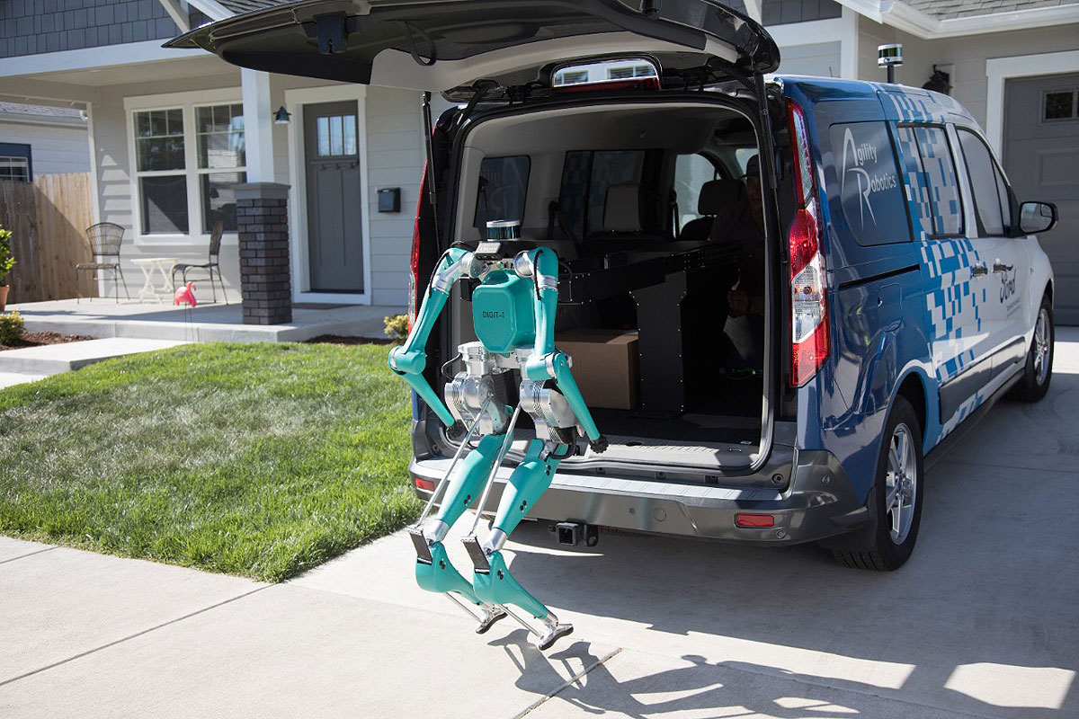 Euro Car Parts Milton Keynes >> Ford Tests Package Carrying Robots For Driverless Delivery