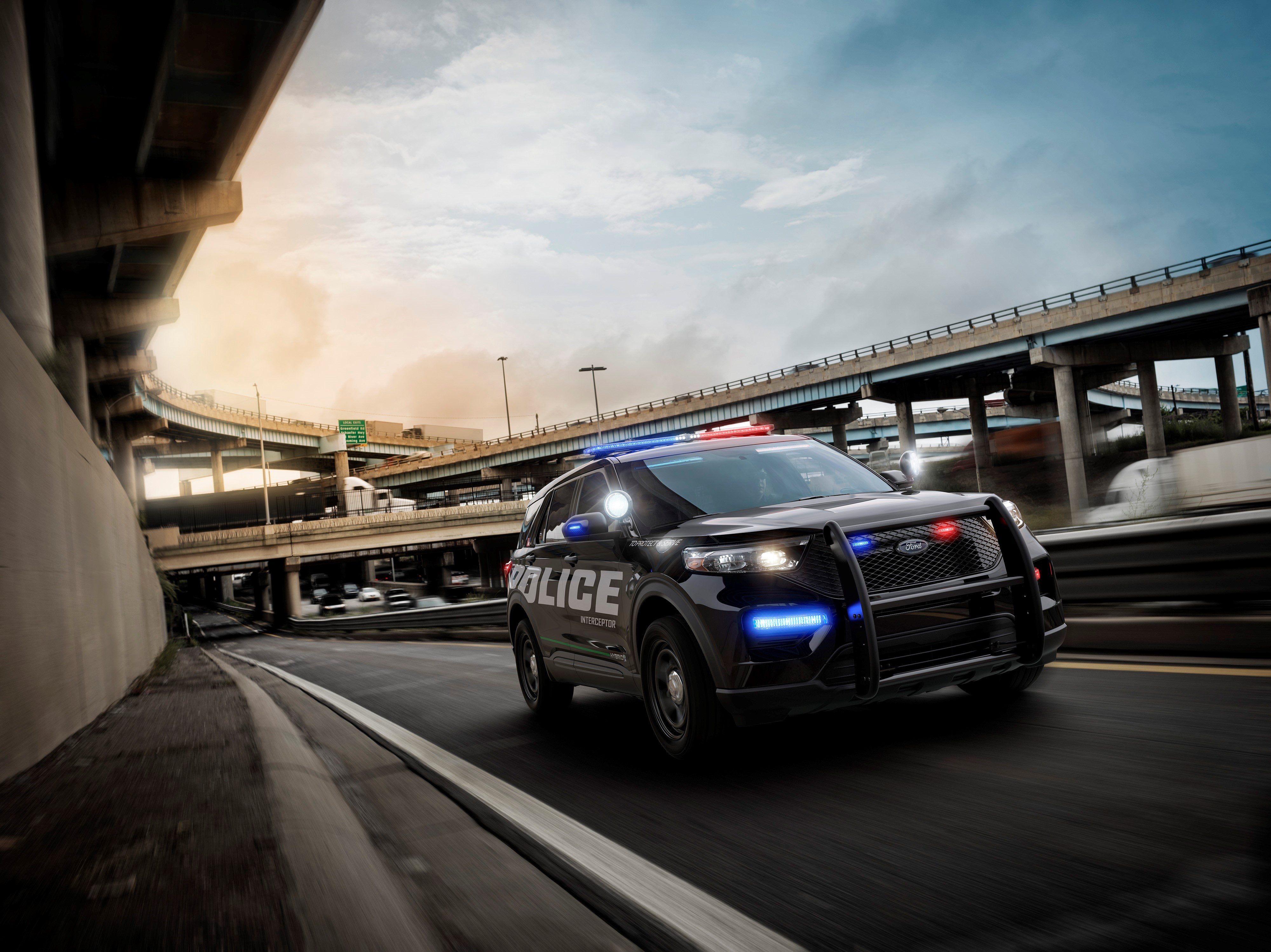 Ford Explorer Based 2020 Police Interceptor Hybrid Set To Get 24 Mpg Combined