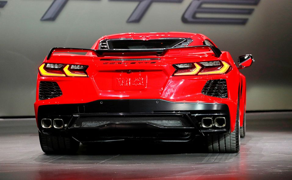 2020 Corvette Gm Tries Again To Slot Motor Behind Driver