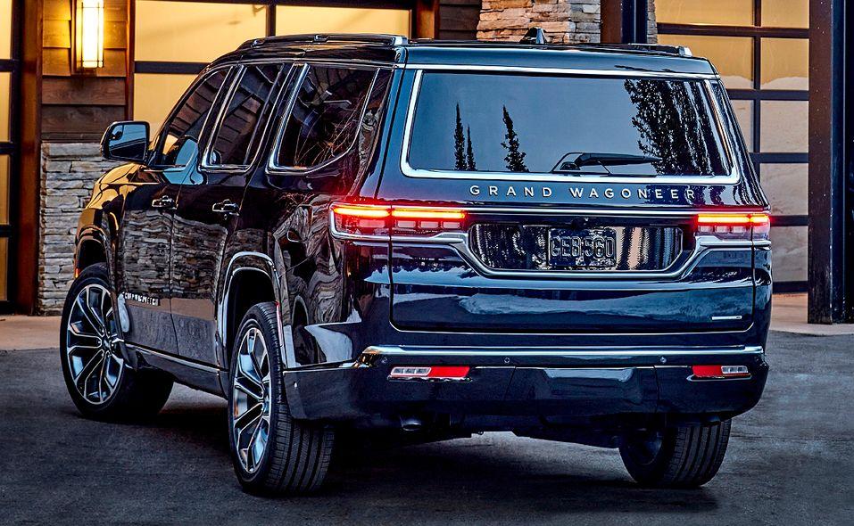 2022 Jeep Grand Wagoneer rear quarter