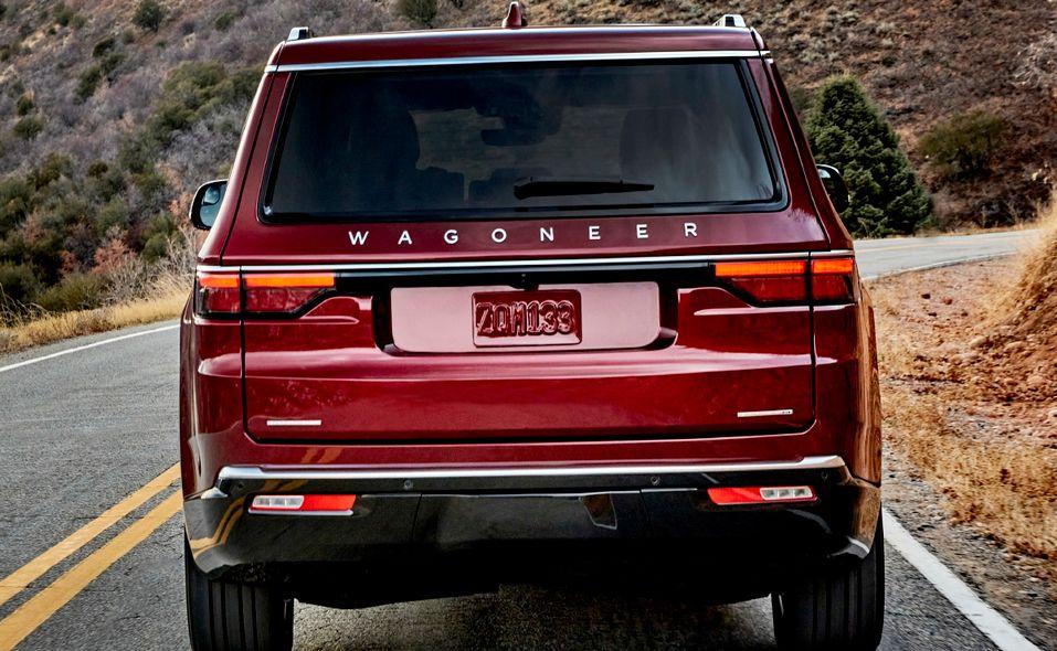 2022 Jeep Wagoneer rear