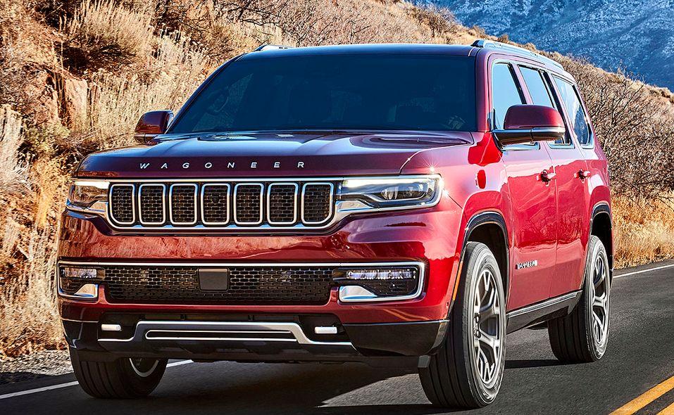 2022 Jeep Wagoneer front quarter