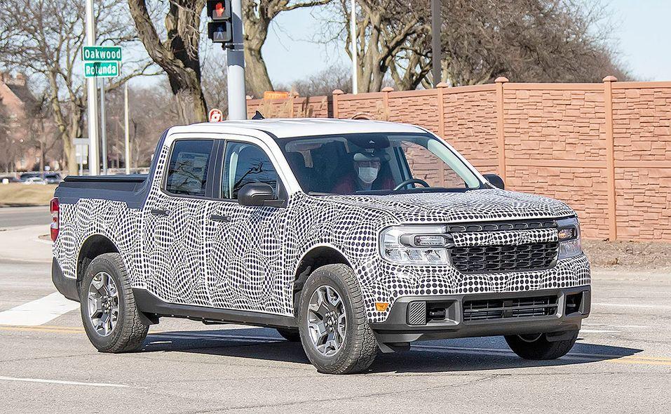 Ford Maverick pickup prototype spy photo turning