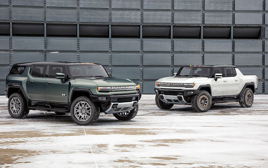 2024 GMC Hummer SUV Edition 1 alongside GMC Hummer pickup